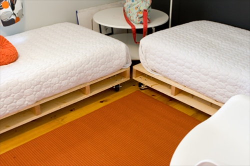 How To Arrange Pallet Beds For Dual Mattress Pallet