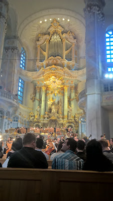 Singapore Symphony Orchestra at the Frauenkirche Dresden, photo David Hughes