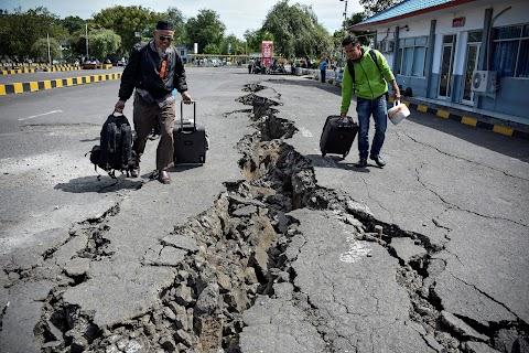 Indonézia a földrengéseket tekintve a világ legaktívabb térségében található