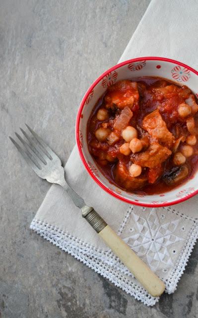 Veggie Sausage, Mushroom & Chickpea Stew