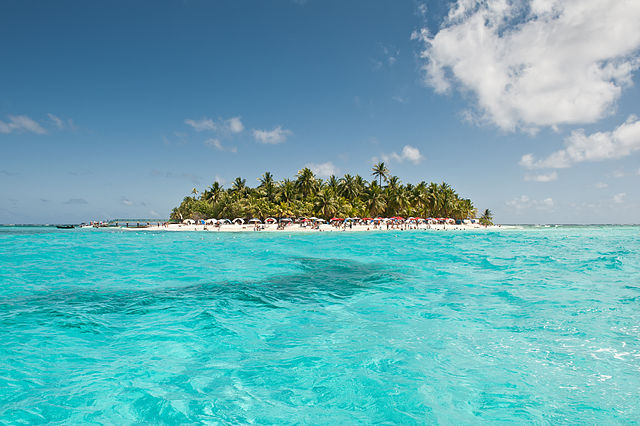 Stunning island beaches of Colombia