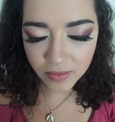 blog-inspirando-garotas-tutorial-maquiagem-diagonal-glitter