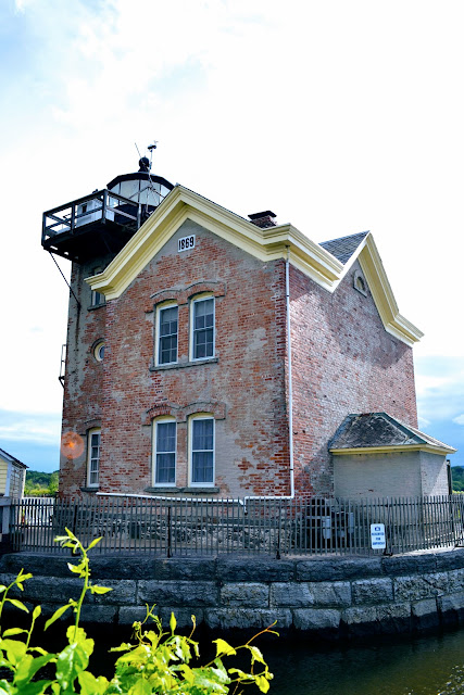 Маяк Согертіс, Нью-Йорк. США (Saugerties Lighthouse, NY)