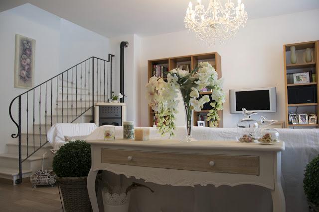 Shabbychiclife la mia casa su casa romantica vuoi fare for Case arredate classiche