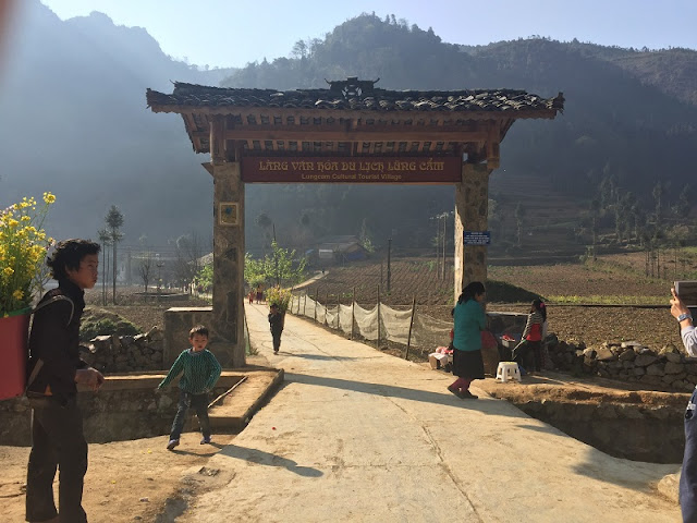 Ha Giang tour - Find Famous Film Set In Lung Cam Village 1