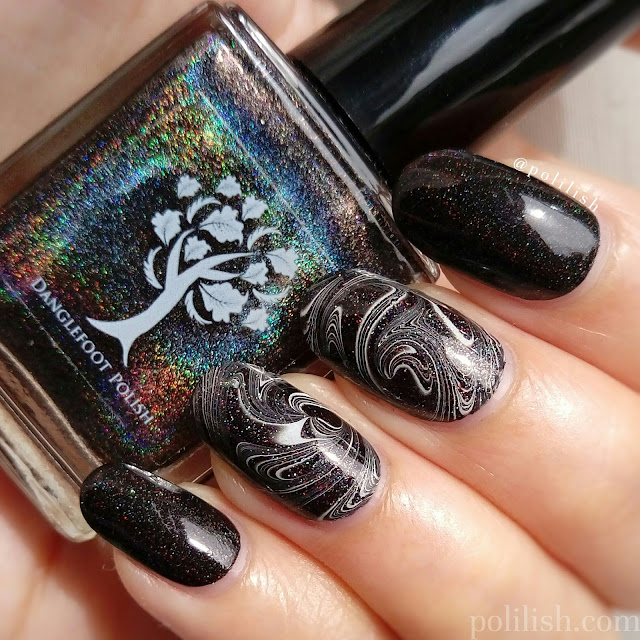 Black and white holographic watermarble | polilish