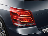 New 2012 Mercedes Benz GLK X204 Updated Original High Resolution Photo