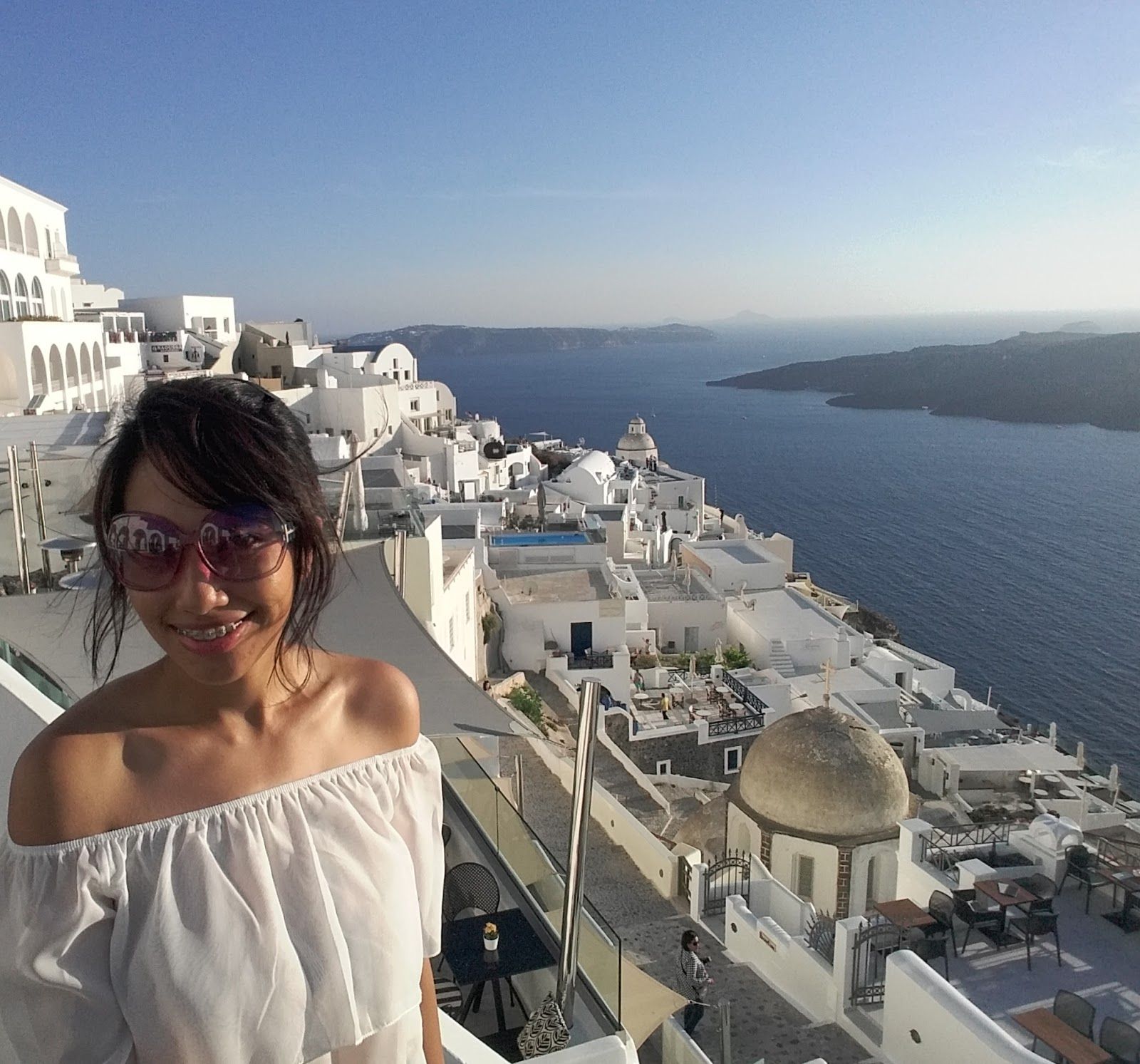 Fira Santorini - how to travel to Santorini on a budget itinerary