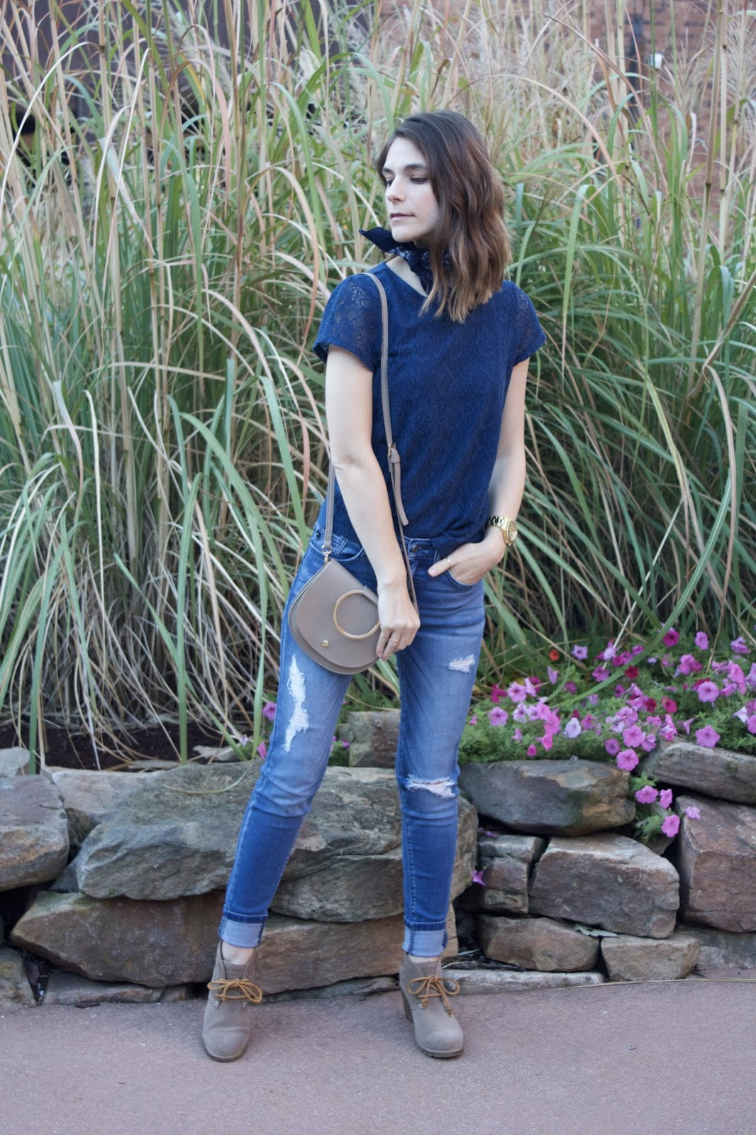 Cuffed Distressed Women's Skinny Jeans