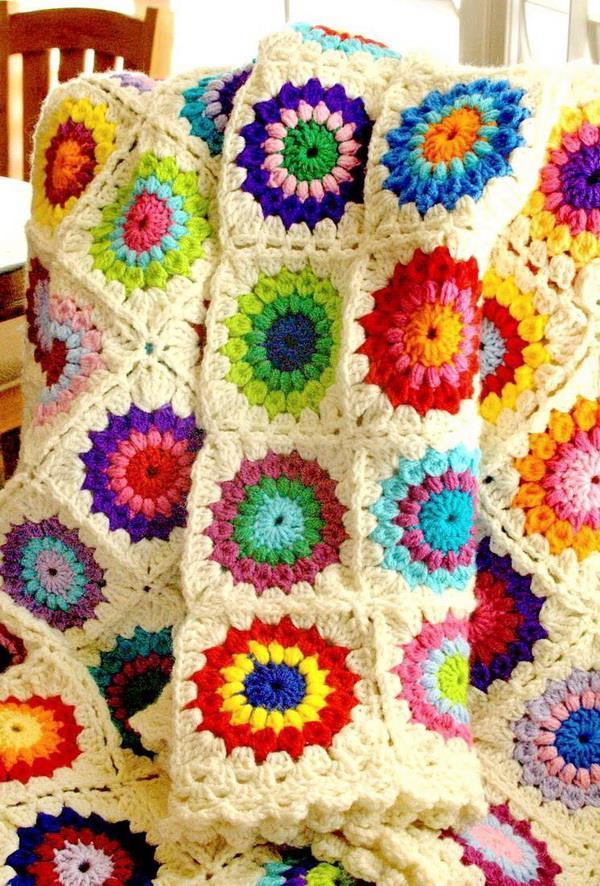Crochet Sunburst-Granny-Square Blanket