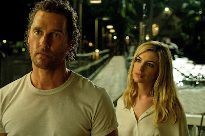 Movie still for the 2019 film Serenity featuring Matthew McConaughey and a blonde Anne Hathaway