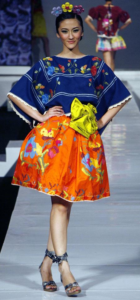 TOP FASHION: Indonesia Fashion Designers