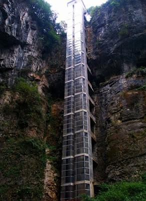 อุทยานแห่งชาติหลุมฟ้า 3 สะพานสวรรค์ (Three Natural Bridges: 天生三橋) @ Pinterest