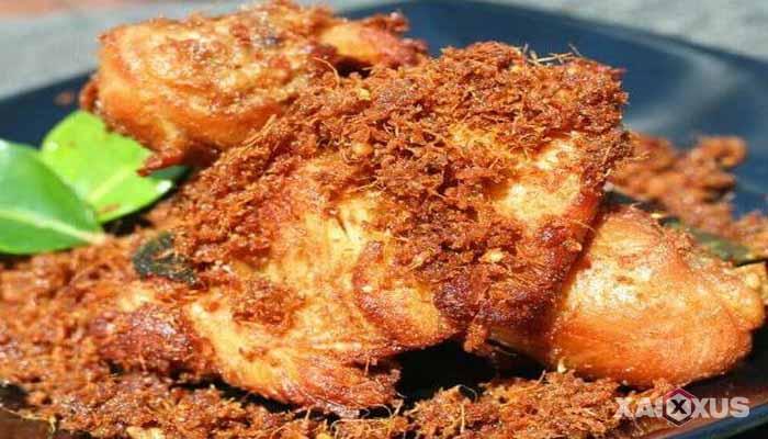 Resep cara membuat ayam goreng serundeng lengkuas