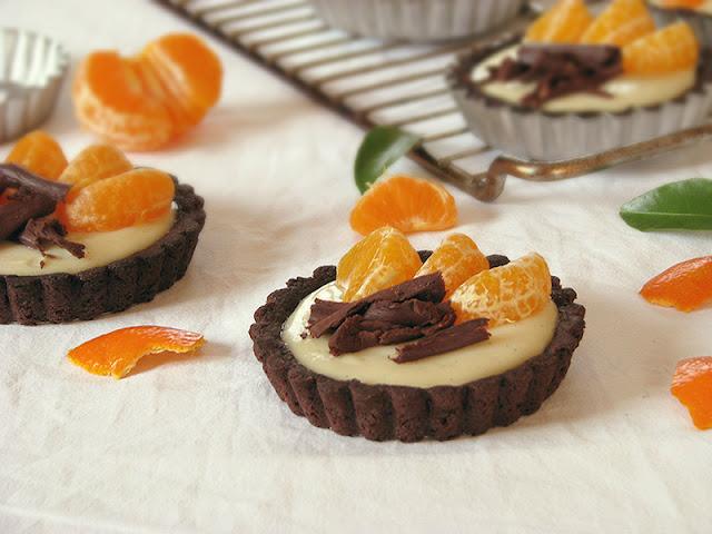 Recette de tartelettes bio au chocolat et à la clémentine.