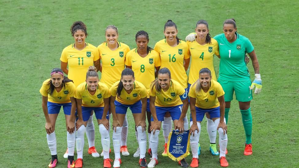 Brasil estreia com goleada no Futebol Feminino nas Olimpíadas Rio 2016 ! 31aa3089eba8b