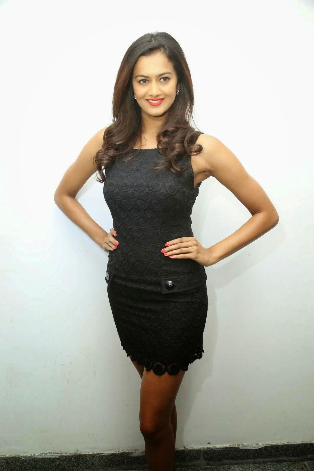 High Quality Shubra Aiyappa Pics, Shubra Aiyappa Sexy Hot Figure images in Black Dress