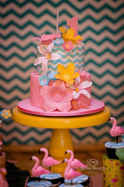 bolo festa flamingos