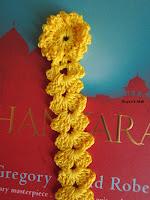 http://roycedavids.blogspot.ae/2011/09/crochet-floral-bookmark.html