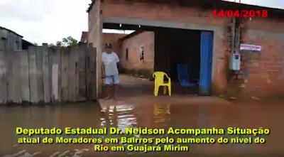 Vídeo: Dr. Neidson acompanha a situação atual de moradores em Bairros pelo aumento do nível do Rio em Guajará-Mirim