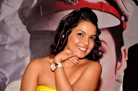 chitrashi rawat wallpapers