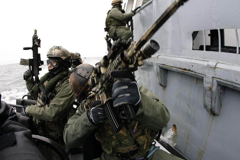 Navy La