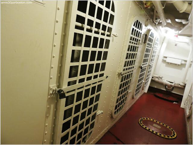 Calabozos del USS Massachusetts