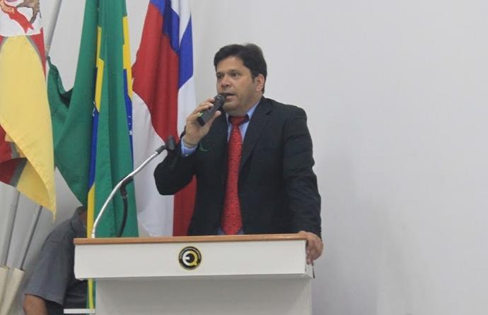 Resultado de imagem para prefeito claudio serrada