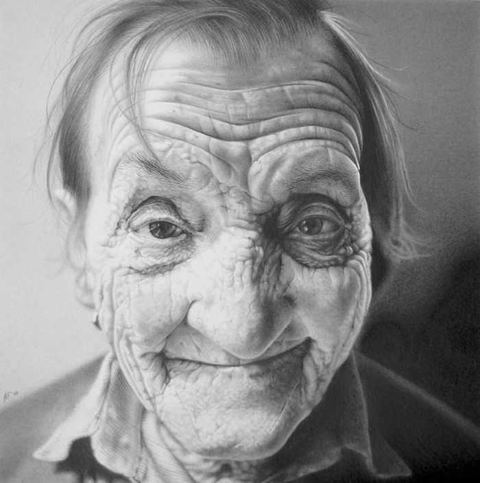 02-Antonio-Finelli-The-Passage-of-time-recorded-in-Pencil-Drawing-Portraits-www-designstack-co