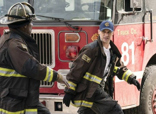 "NUP 186467 0239 595 Spoiler%2BTV%2BTransparent - Chicago Fire (S07E21) ""The White Whale"" Episode Preview"