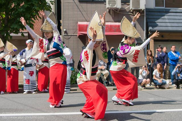 江戸っ子連、女踊り、マロニエ祭り流し踊り中の演舞の写真 その6