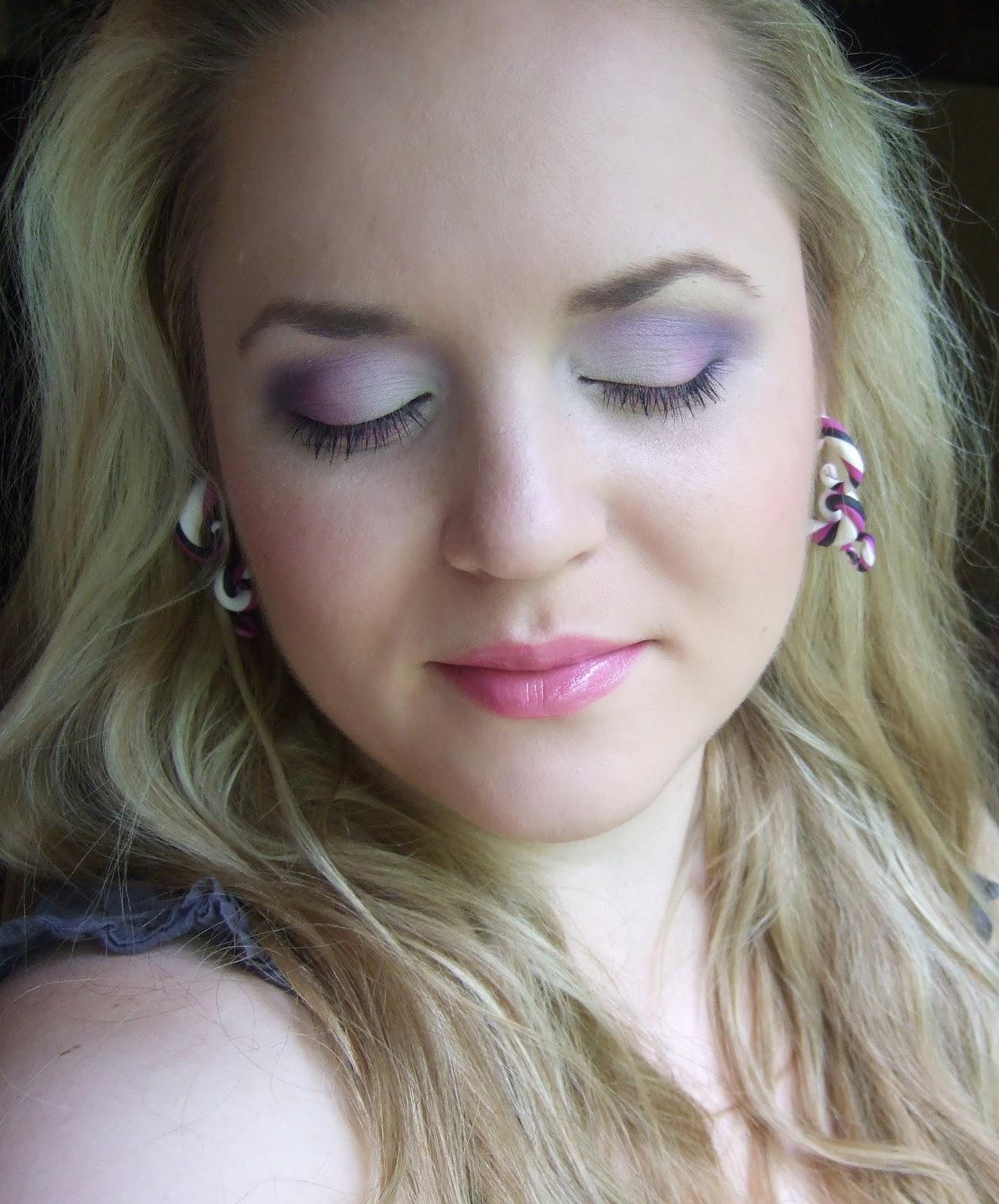 daily make up wei violett ombre augen make up. Black Bedroom Furniture Sets. Home Design Ideas
