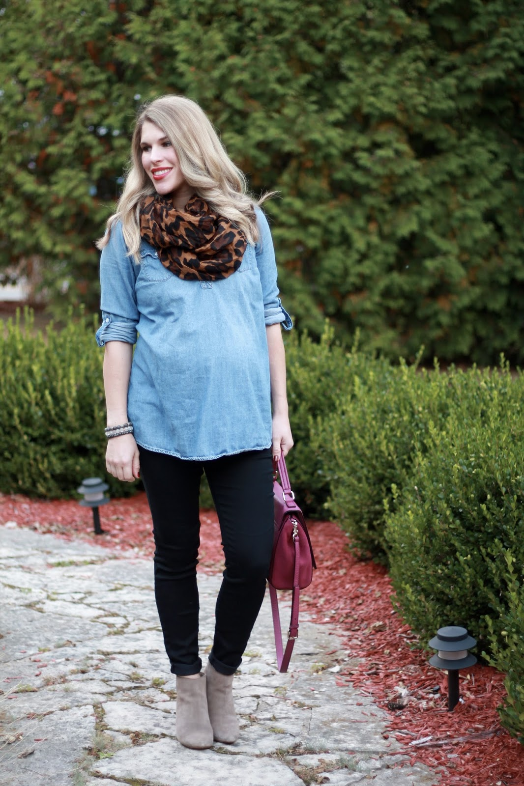 fall maternity outfit, chambray, black jeans, taupe booties, leopard scarf, berry Kate Spade bag,