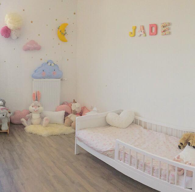 babyroom tour la chambre de jade nuage de douceur. Black Bedroom Furniture Sets. Home Design Ideas
