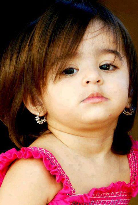 Cute Baby Girl Photo Trending Status