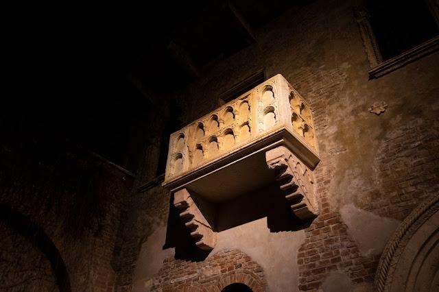Casa di Giulietta e balcone-Verona