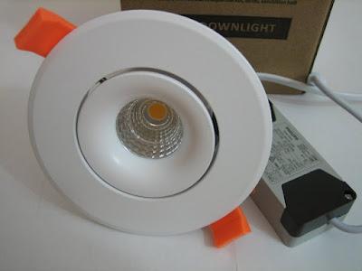 http://bombillasdebajoconsumo.blogspot.com.es/2019/06/downlight-led-ledbox-luxon-cree-12w.html