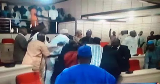 CHOAS AS:-PDP, APC lawmakers exchange blows in Benue state