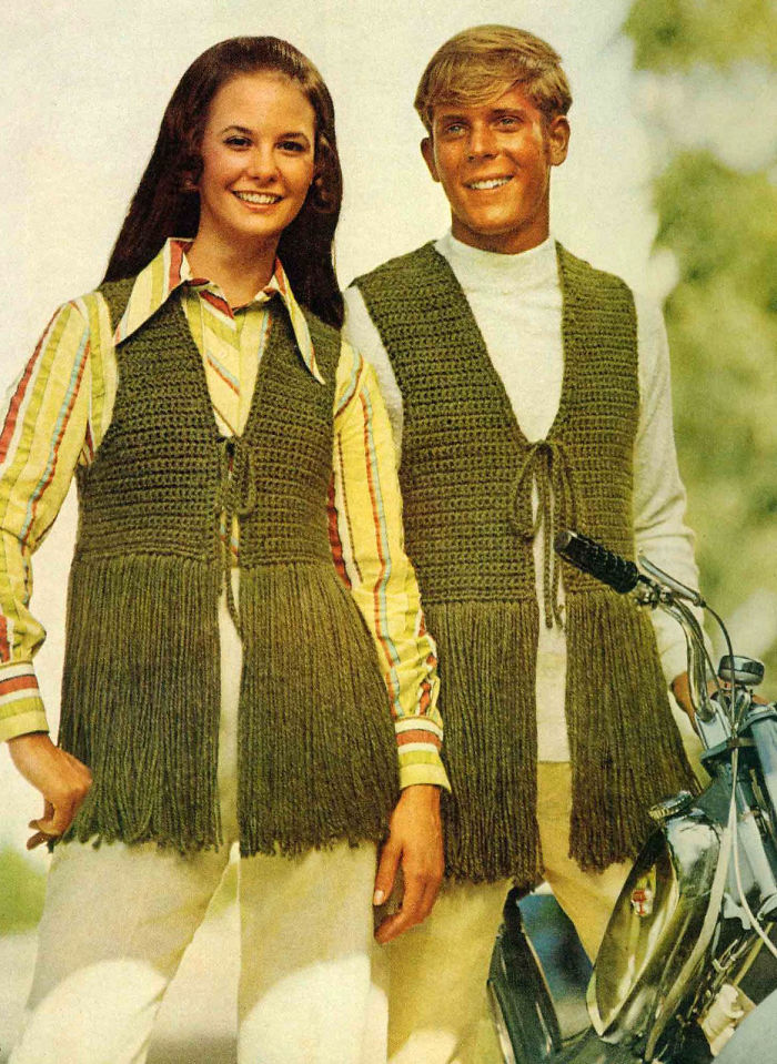 21 Distressed Creation Showing Fashionable Gnashes to Couples in 70s