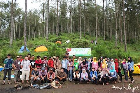 TripHore 7: Ada Batik di Basecamp Mawar