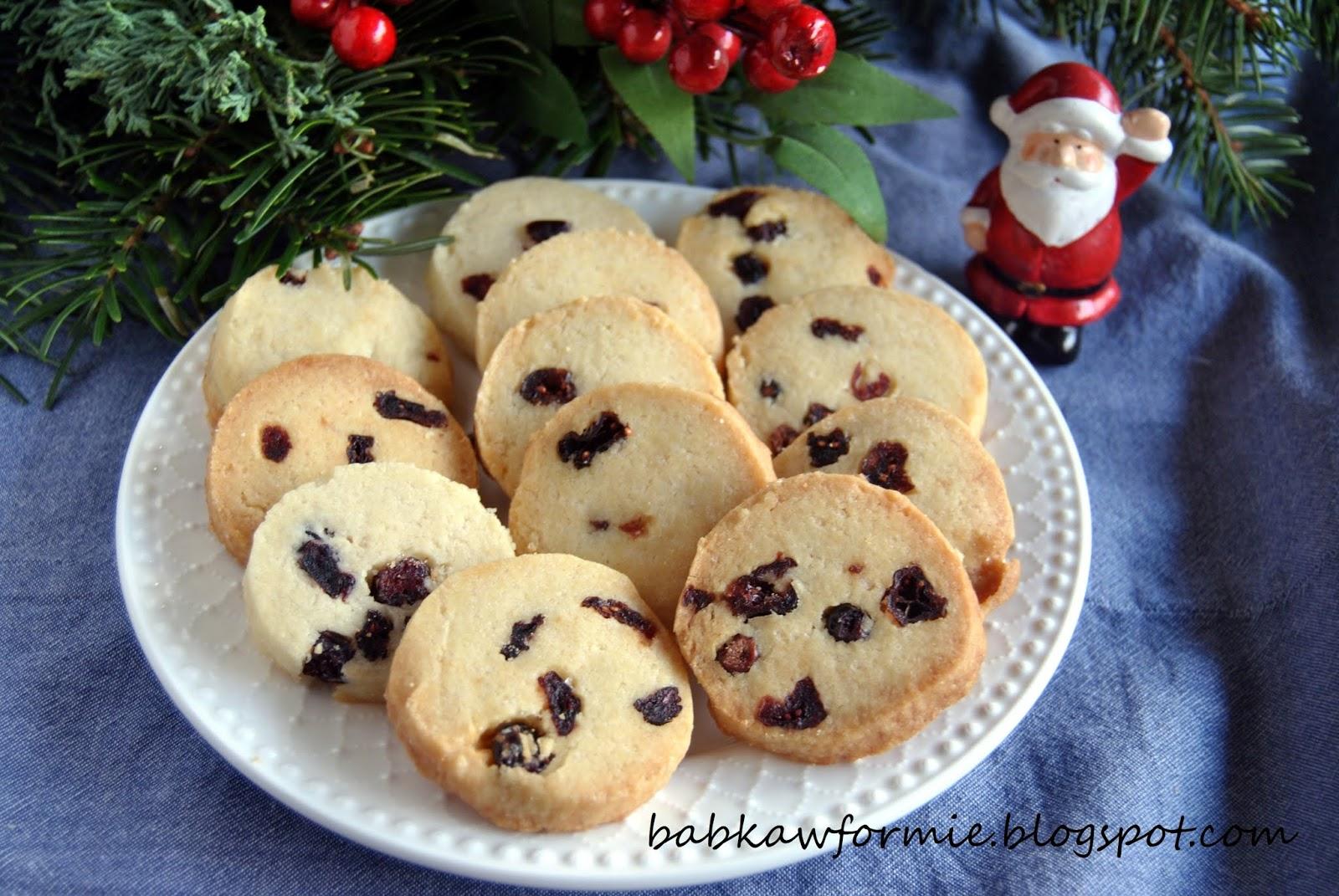 świąteczne ciasteczka maślane z żurawiną cranberry noel babkawformie.blogspot.com
