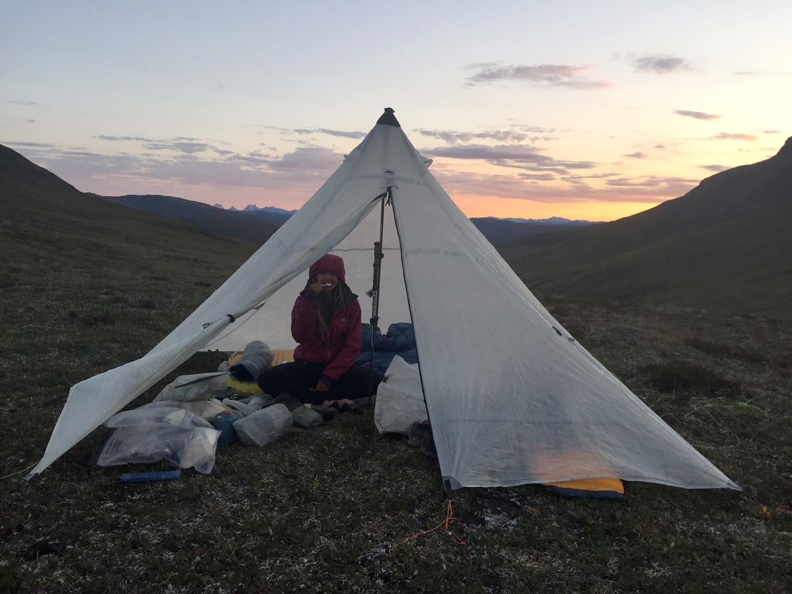The Hyperlite Mountain Gear UltaMid 4 is the best all-purpose tent on the planet. Here Sarah Brey brushes her teeth on a beautiful night in the Brooks ... & The Best Ultralight Tent Shelter: Hyperlite Mountain Gear UltaMid ...