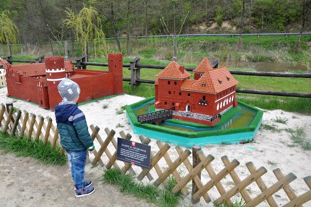 jurapark, bałtów, park miniatur