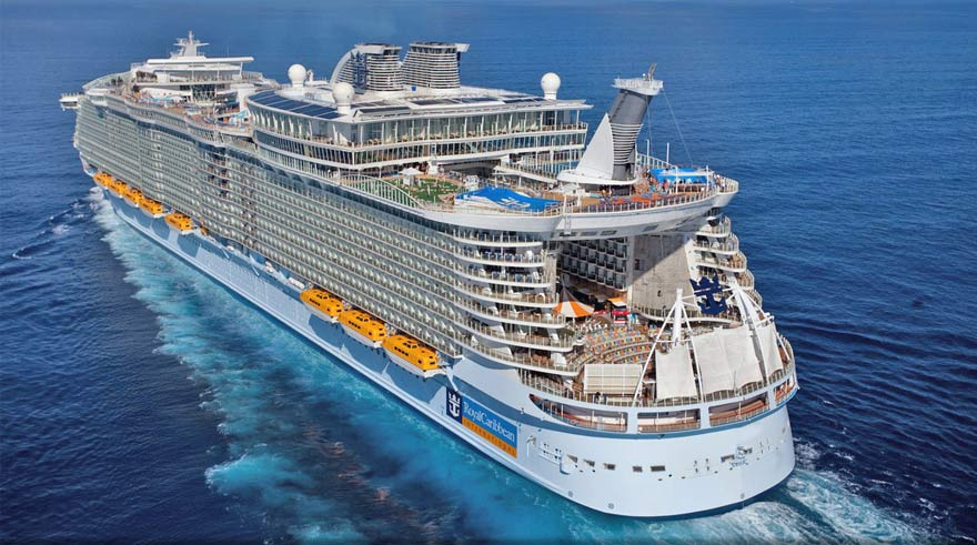 Explore The Beauty Of Caribbean: 10 Biggest Cruise Ship In The World