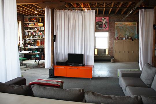 Come Dividere Una Stanza Piccola In Due Aree Separate Home Staging