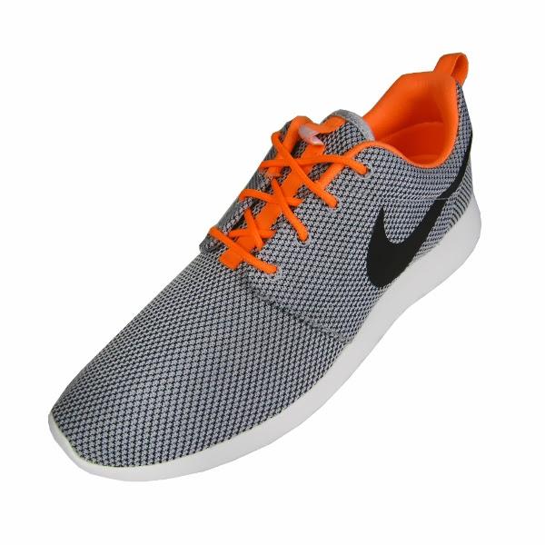 sale retailer cf32d 2e366 Nike Roshe Run. Wolf Grey, Black, Atomic Orange, White. 511881-080