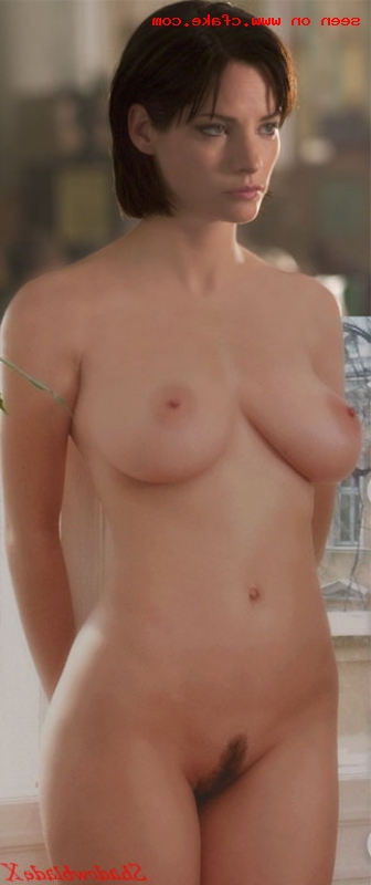 Sienna Guillory Nude, Topless And Sexy