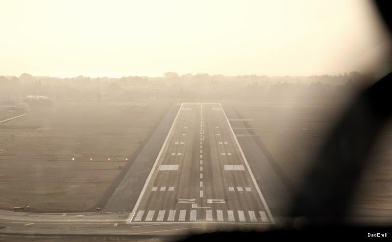 Aéroport Oakland piste 28L