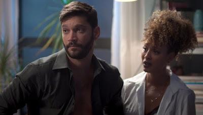 Diogo e Gisele em cena da novela Bom Sucesso (Foto: Reprodução)