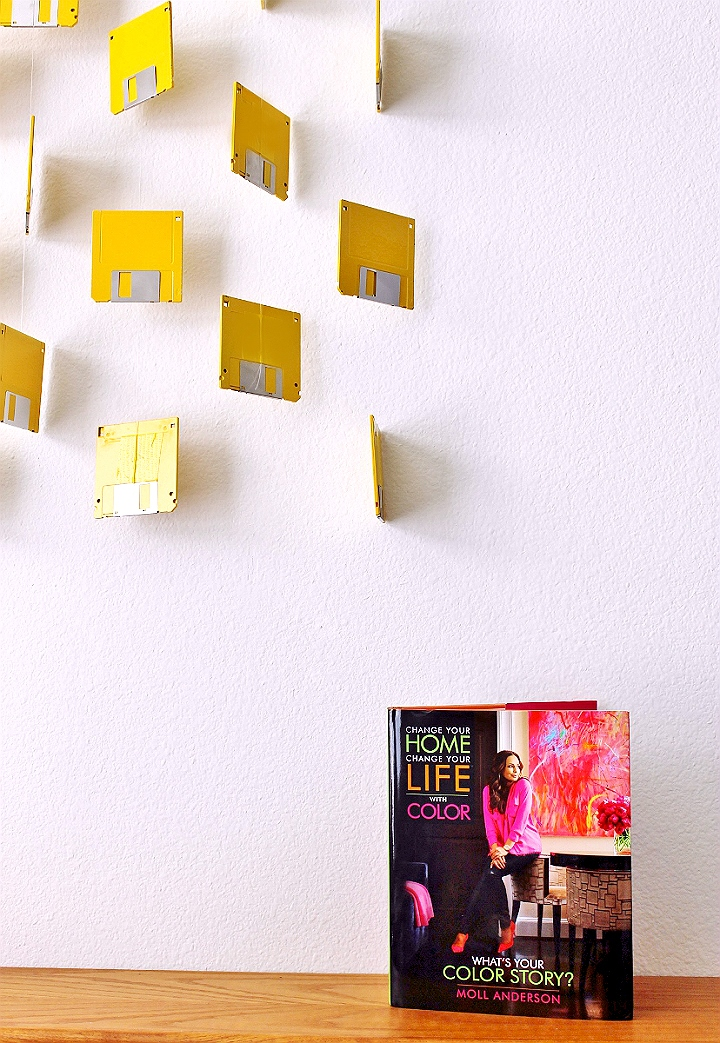 D.I.Y Floppy Disk Curtain Installation inspired by Change Your Home, Change Your Life™ with Color. #LiveLoveColor #AD